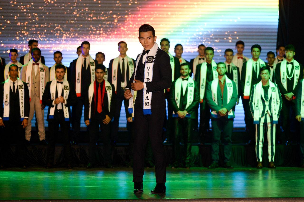 Ngọc Tình giành ngôi Á vương 1 tại Nam vương Đại sứ Hoàn cầu 2016 10