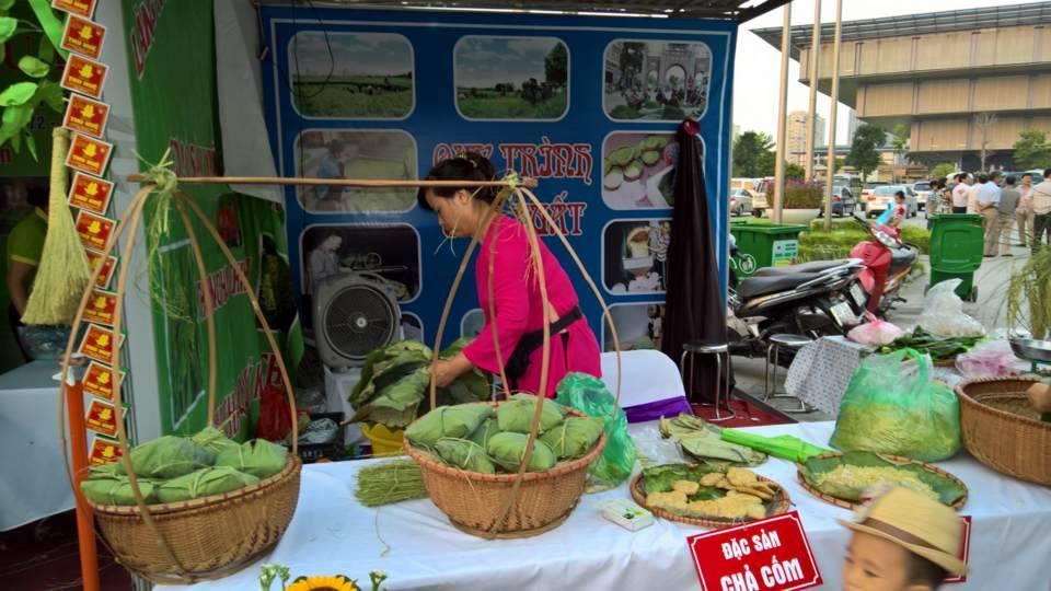 Độc đáo lễ hội văn hóa làng Cốm Mễ Trì 9