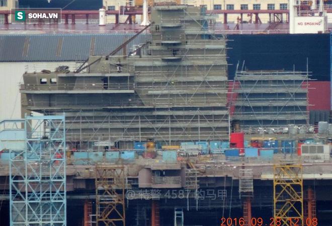 Lộ diện tàu sân bay tự đóng đầu tiên của Trung Quốc 1