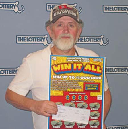 Người đàn ông may mắn 2 lần trúng thưởng xổ số 20 tỷ đồng 1