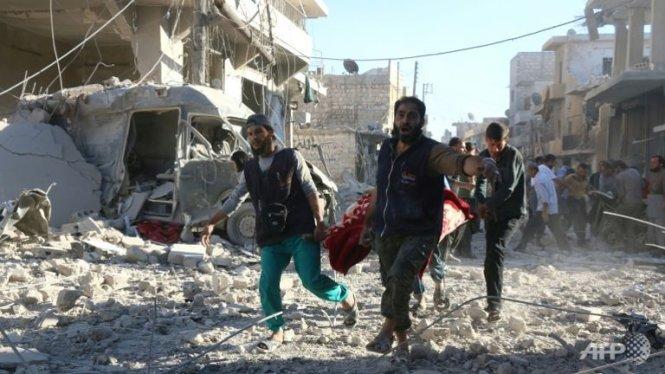 Bệnh viện lớn nhất Aleppo trúng không kích 1