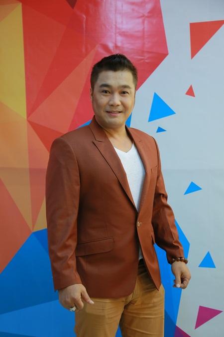 Vẻ ngoài điển trai và phong độ của Lý Hùng ở tuổi 47 1
