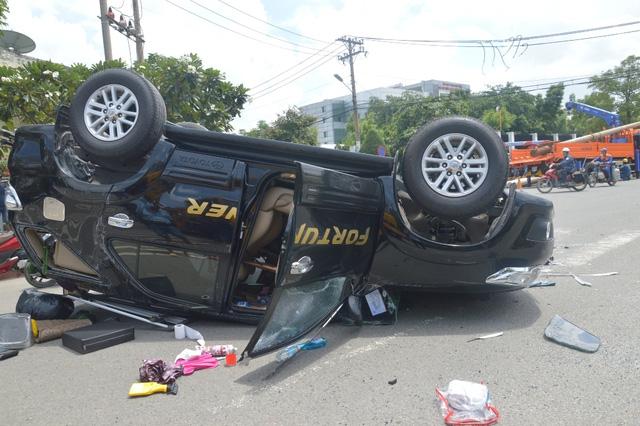 Tin tai nạn giao thông mới nhất ngày 6/10: Xe máy đấu đầu, 2 người nguy kịch 5
