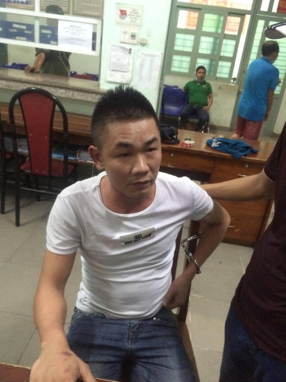 Đối tượng bị truy nã đặc biệt hung hãn chống trả cảnh sát khi bị bắt 1