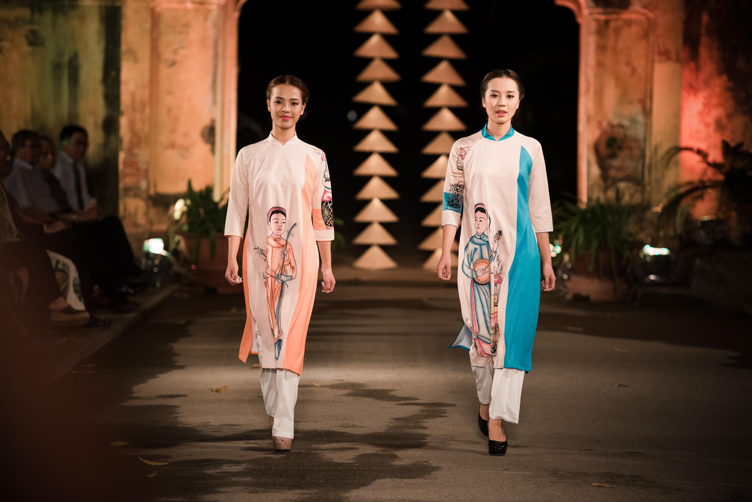 NTK Lan Hương mang BST lấy ý tưởng từ tranh Đông Hồ đến Festival Áo dài Hà Nội 2016 3