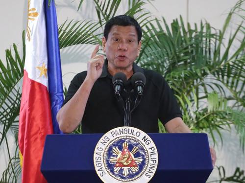 Duterte: 'Cứ rút viện trợ nếu muốn, chúng tôi sẽ không cầu xin' 1