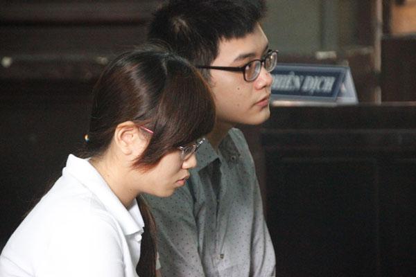Hoãn tòa xử vụ sát hại người tình đồng tính vì bị cáo bất ngờ
