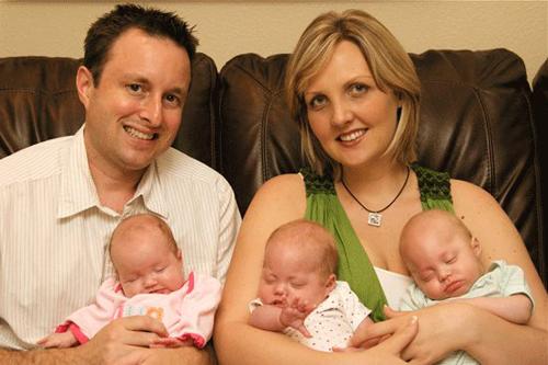 Phép màu kì diệu với cặp vợ chồng mất 3 đứa con sau tai nạn thảm khốc 1