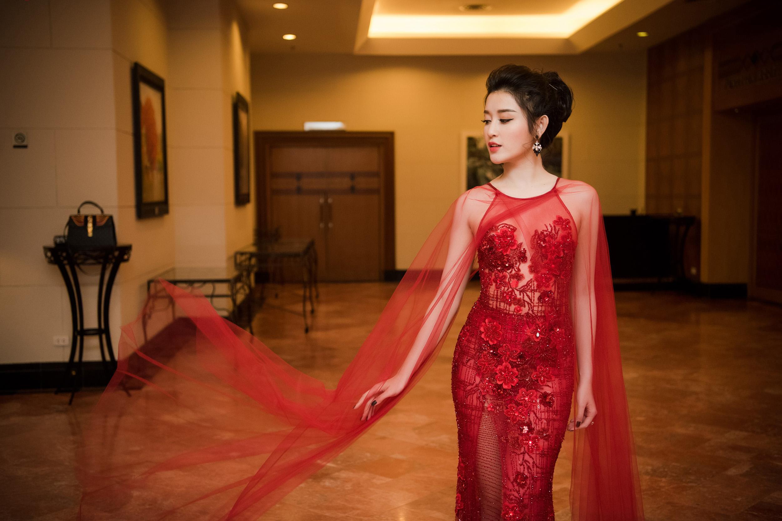 Ngỡ ngàng nhan sắc sau hai năm đăng quang của Á hậu Huyền My 7