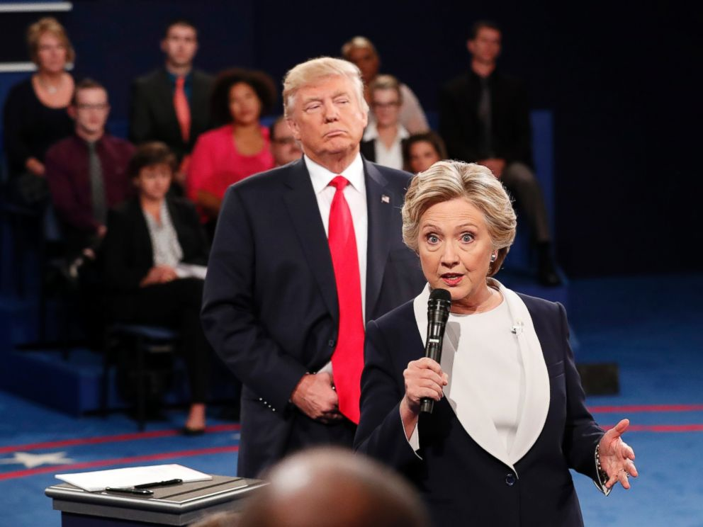 Tranh luận lần 2: Trump - Clinton và 11 khoảnh khắc ấn tượng nhất 22