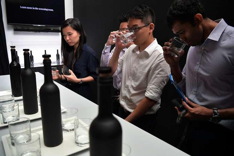 Chai nước sạch đắt nhất Châu Á với giá 28 triệu đồng 1