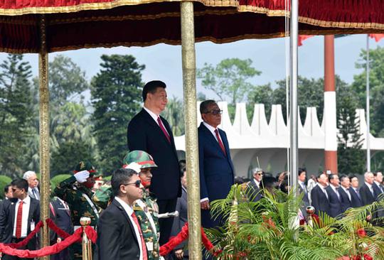 Vừa hào phóng với Campuchia, Trung Quốc lại rải tiền cho Bangladesh 1