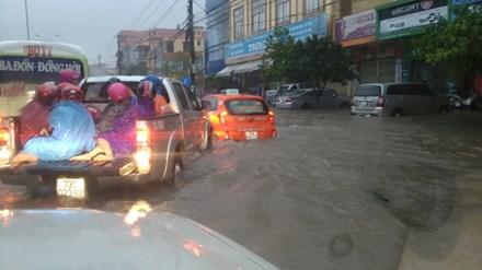 Mưa lũ tàn phá Quảng Bình: Phó Thủ tướng trực tiếp chỉ đạo khắc phục hậu quả 2