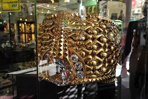 Cận cảnh nhẫn vàng lớn nhất thế giới 100 tỉ đồng, nặng 82kg 4
