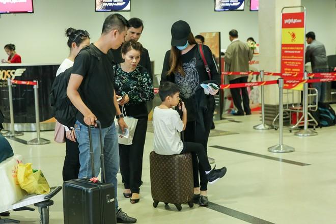 Hồ Ngọc Hà kín bưng đưa Subeo về Quảng Bình hỗ trợ người dân vùng lũ 1