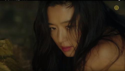 Chuyện tình 2 kiếp của Lee Min Ho và tiên cá Jeon Ji Hyun 8