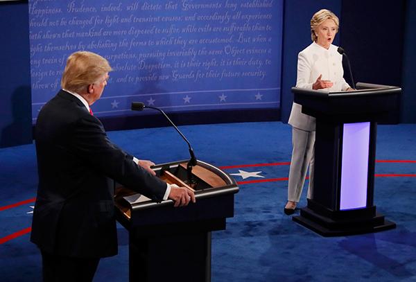 Trump – Clinton: Dốc toàn lực trong tranh luận trực tiếp lần cuối 13