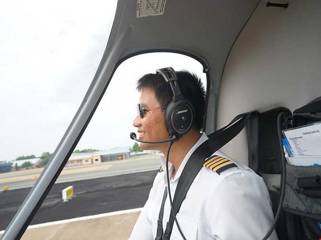 Đại úy Dương Lê Minh là con của người phi công anh hùng 1