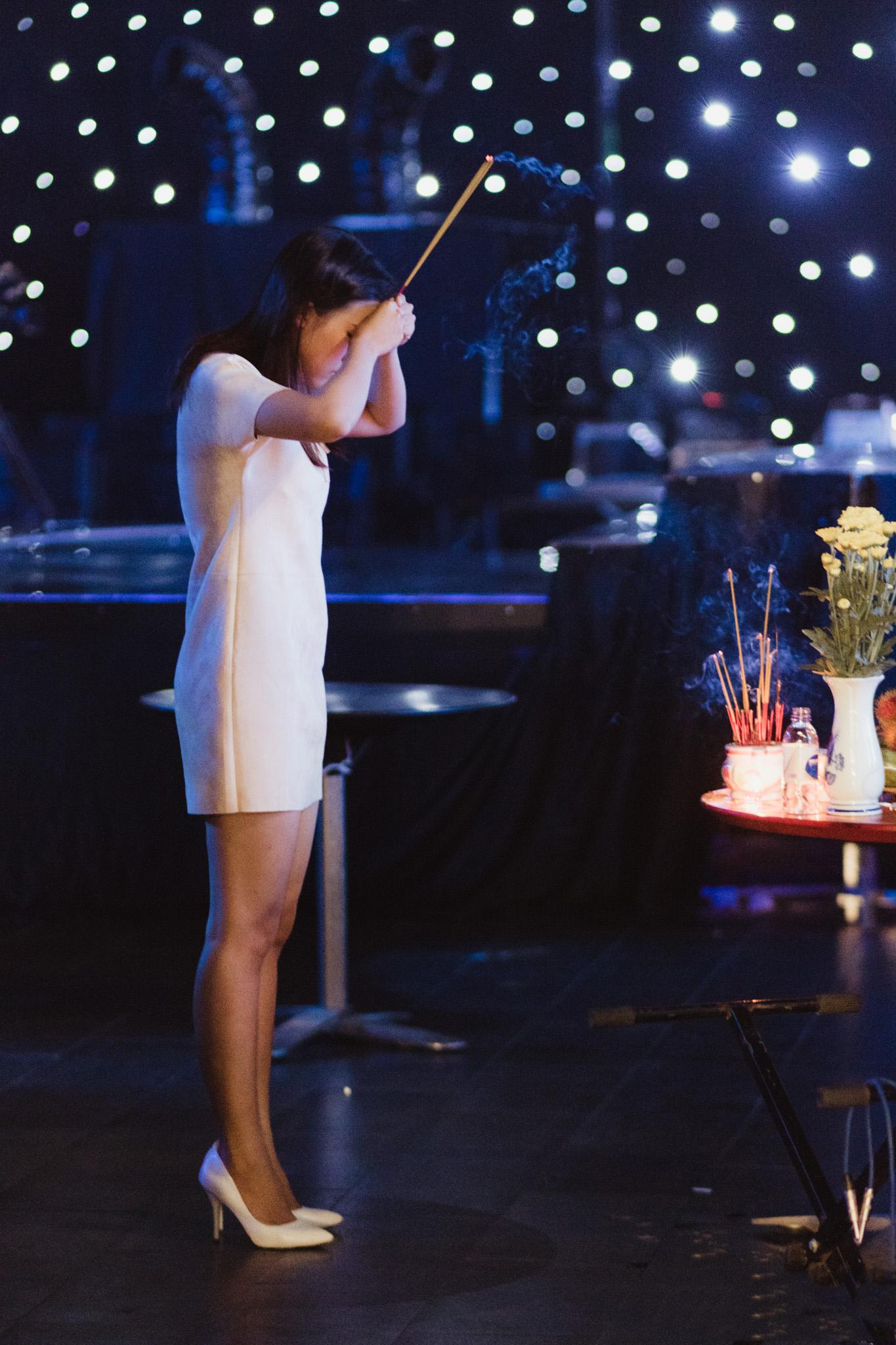 Hoàng Oanh suýt khóc khi quá nhập tâm hát cải lương 1