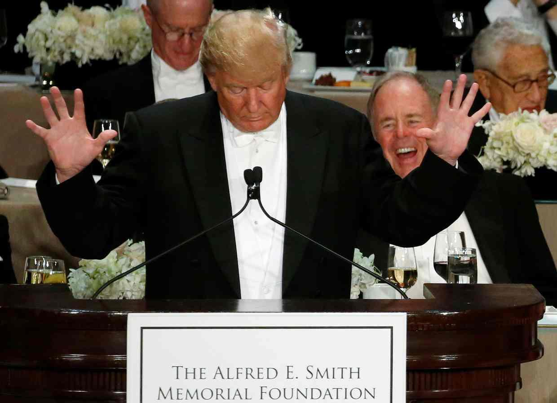 Những câu nói hài hước của Trump và Clinton trong lần gặp mặt mới nhất 1