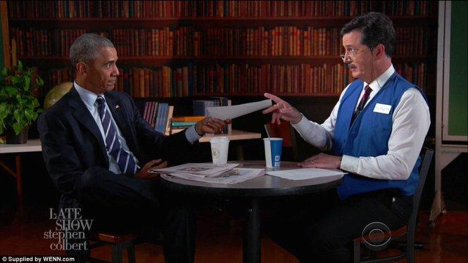 """Video: Ông Obama """"tập"""" phỏng vấn xin việc sau khi rời Nhà Trắng 1"""