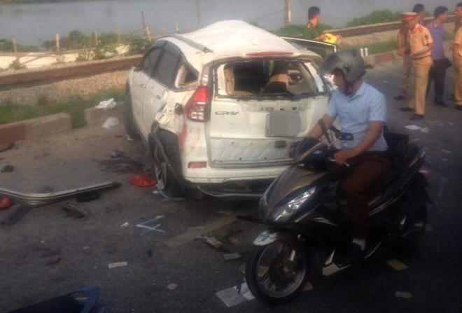 Vụ tai nạn tàu hỏa đâm ô tô ở Hà Nội: Nạn nhân thứ 6 tử vong 1