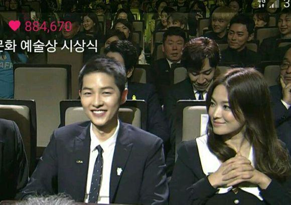 Song Hye Kyo – Song Joong Ki giành giải thưởng lớn tại Hàn Quốc 10