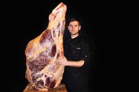 Kỳ công như món thịt bò 72 triệu đồng đắt hơn cả bò Kobe 1