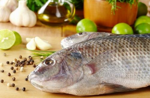 Mẹo chọn cá tươi ngon đảm bảo an toàn và dinh dưỡng cho bữa ăn gia đình 2