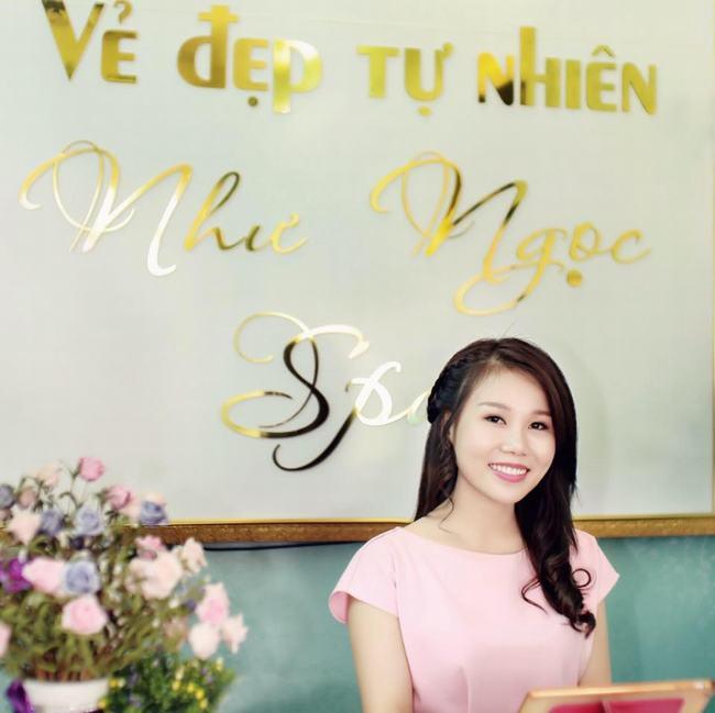 """MC Phan Anh 'nói là làm', hotgirl 9X muốn được """"cho đi' 8"""