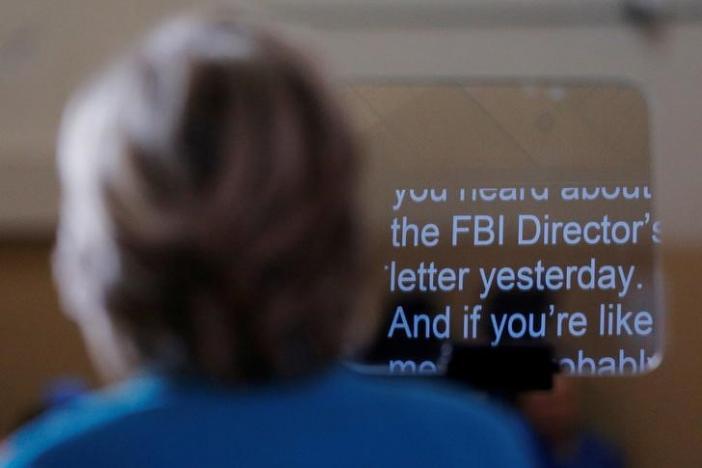 Lệnh điều tra của FBI đẩy cuộc bầu cử Mỹ vào hỗn loạn 2