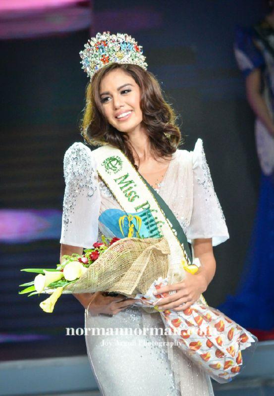 Hoa hậu Philippines trả vương miện sau khi nói xấu Tân Hoa hậu Trái Đất 2