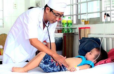 Đã xác định được nguyên nhân 102 trẻ mầm non ngộ độc ở trường 1