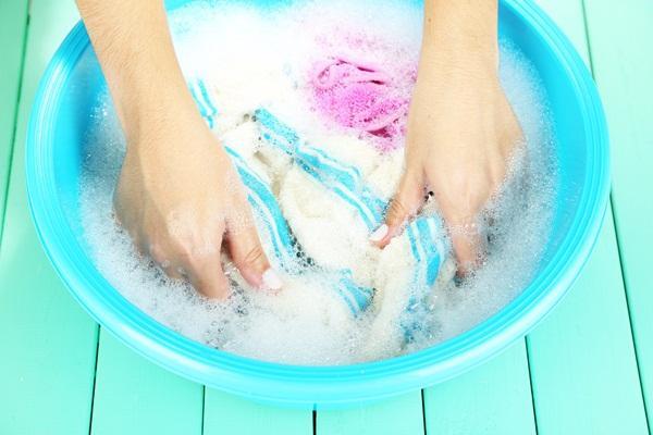 15 phút có ngay nước giặt quần áo cực sạch tại nhà 5