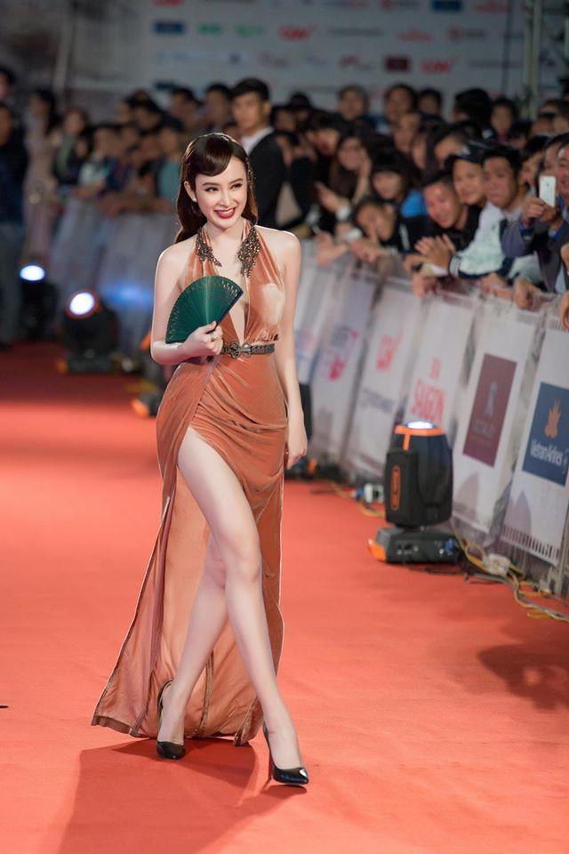 Đại diện Angela Phương Trinh nói gì trước thông tin bị mời ra khỏi thảm đỏ 1
