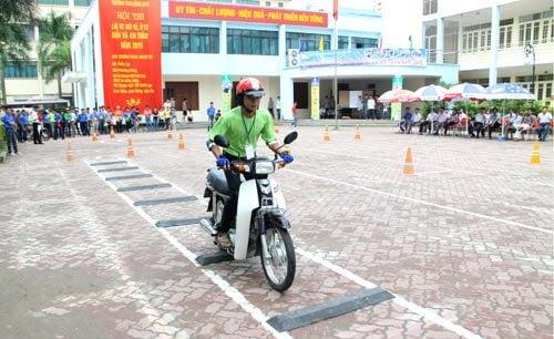Hình ảnh 5 địa điểm học lái xe máy tại Đà Nẵng - học là đỗ số 3