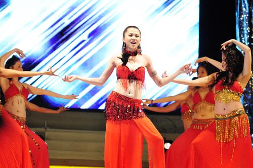 """Bật mí 4 địa điểm học múa bụng ở Hà Nội """"so hot"""" 2"""