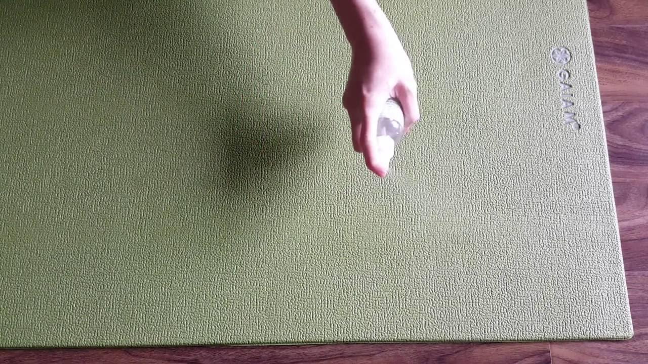 Đánh bại 9 loại vết bẩn siêu cứng đầu với mẹo làm sạch thảm này 4