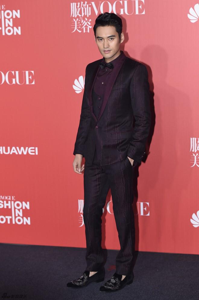 Phạm Băng Băng, Dương Mịch bị chê mặc xấu tại sự kiện thời trang 16