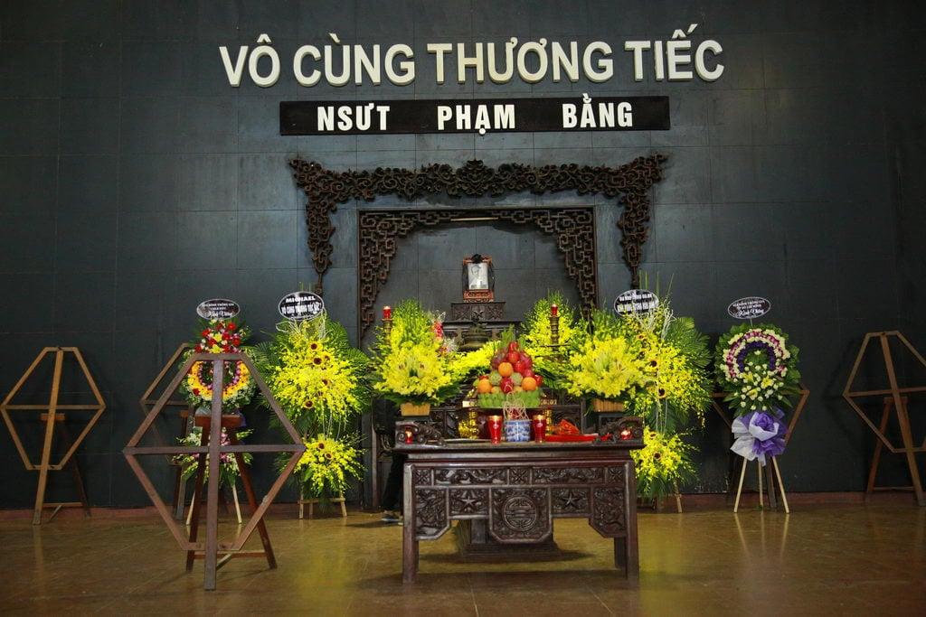 Lễ tang NSƯT Phạm Bằng: Con cháu, đồng nghiệp khóc nghẹn bên linh cữu 25