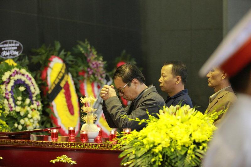Lễ tang NSƯT Phạm Bằng: Con cháu, đồng nghiệp khóc nghẹn bên linh cữu 14