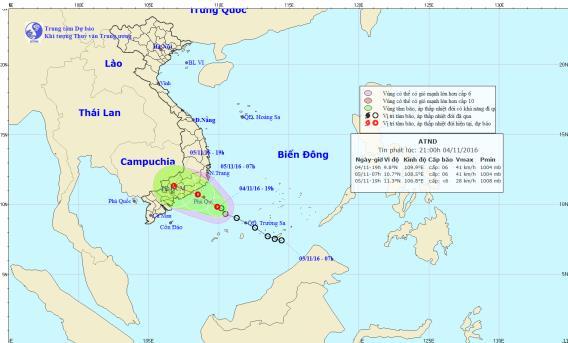 Áp thấp nhiệt đới giật cấp 8 cách đất liền 230 km 1
