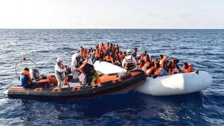 Chìm tàu chở người di cư, hàng trăm người thiệt mạng 2