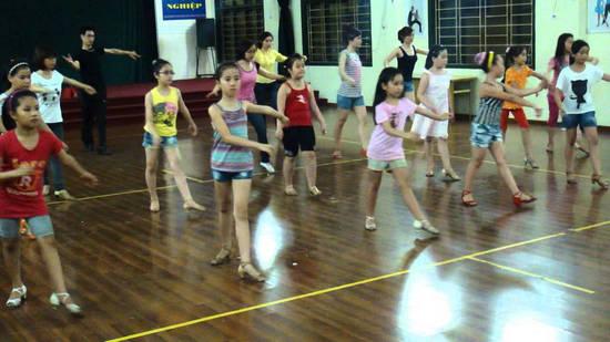 Mách bạn 3 địa điểm học Dances port tại Hà Nội tốt nhất 1