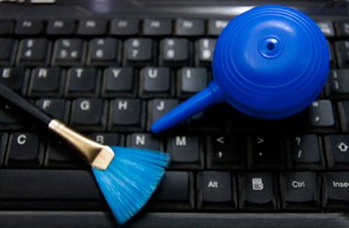 Bạn đã biết vệ sinh bàn phím Laptop đúng cách chưa? 5