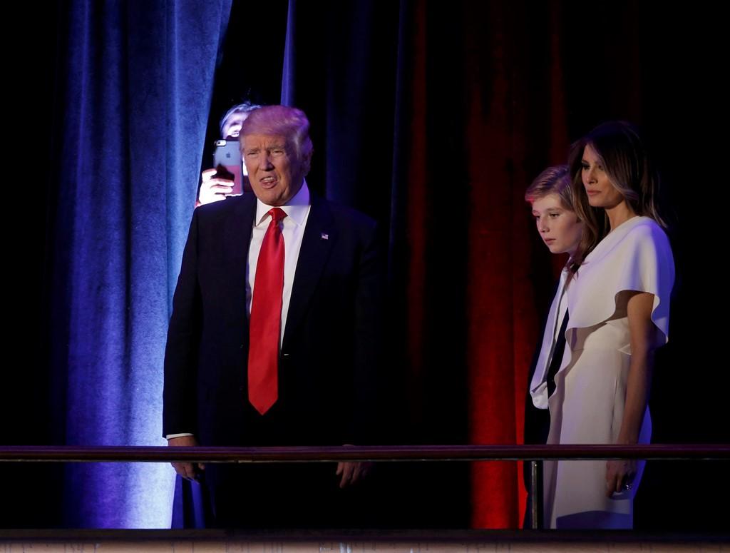 Chân dung người vợ siêu mẫu của tân Tổng thống Donald Trump 11