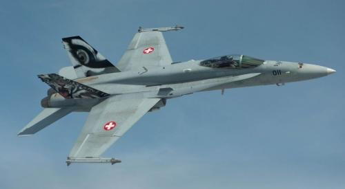 Thụy Sĩ giải thích việc điều chiến đấu cơ theo sát máy bay Nga 1
