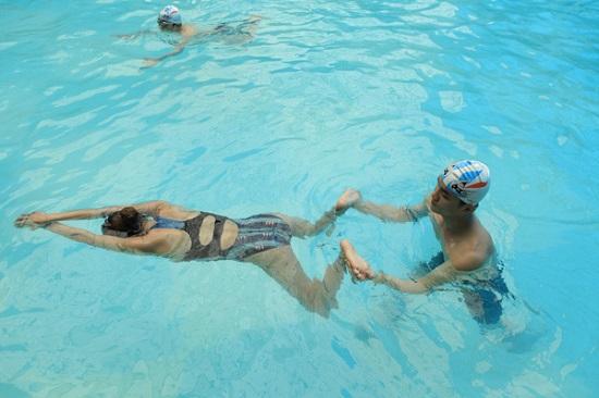 Mách bạn 4 cách học bơi nhanh mà hiệu quả 4