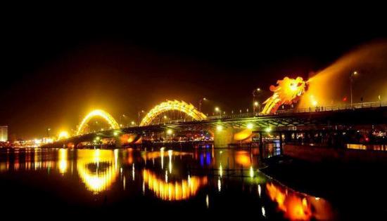 4 địa điểm vui chơi buổi tối ở Đà Nẵng được yêu thích nhất 2