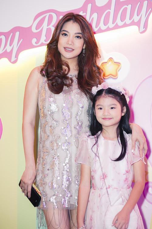 Trương Ngọc Ánh, Trần Bảo Sơn tái hợp trong ngày sinh nhật con gái 5